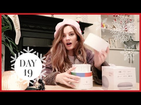 TRYING THE NEW GOOGLE HOME | Vlogmas #19