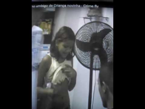 Menina de 10 anos pono pircing