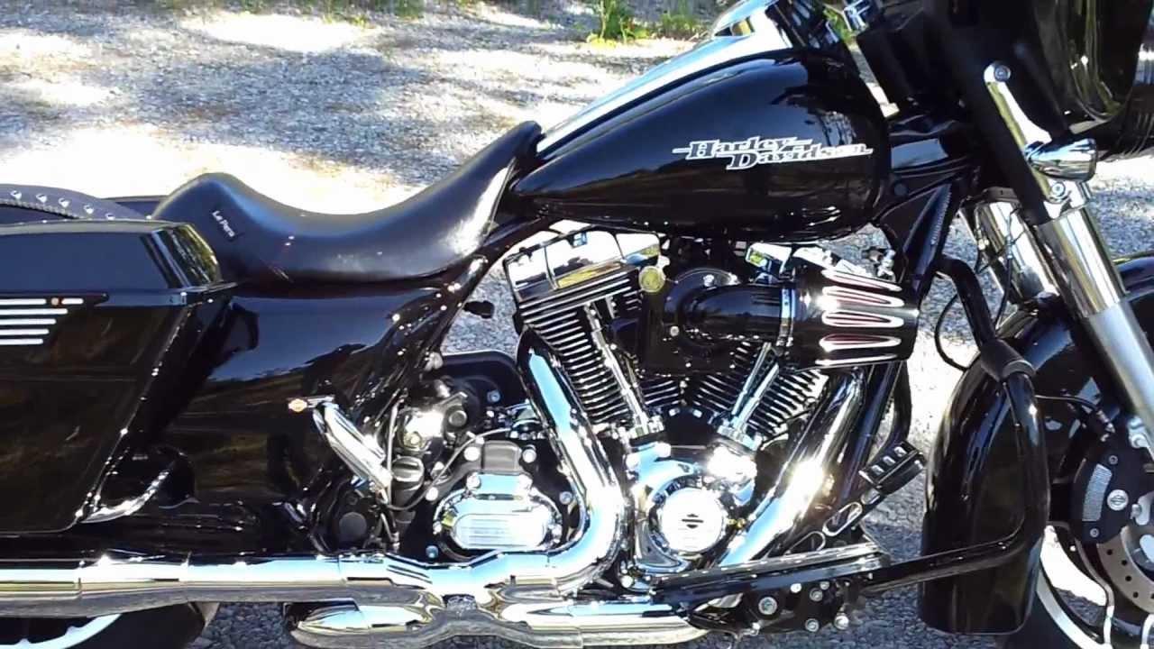 2012 Harley Davidson Custom FLHX Street Glide W/ Vance & Hines Power Duals  Hi-Output slip-ons Part 2