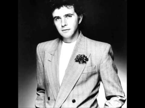 David Essex.     Gonna make you a star.   1974.