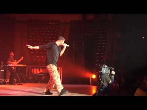 "Hot 93.7's Hot Jam 9 - Drake ""Best I Ever Had"" Live"
