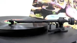 Led Zeppelin - The Ocean (Official Vinyl Video)