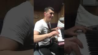 Сакит Самедов в поезде- Студентка NEW COVER SONG 2019 #туфлимуфли#сакитсамедов#сакитсвадьба