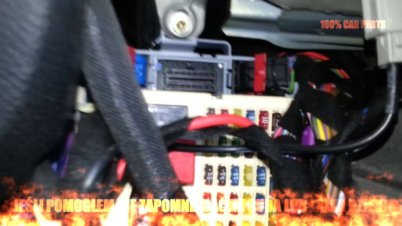 złącze diagnostyczne OBD2 oraz bezpieczniki Alfa Romeo 147