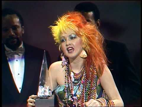 Cyndi Lauper Wins Pop Female Award-AMA 1985
