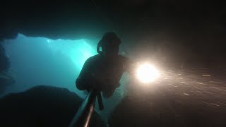 Freediving cave Portugal | Hora Sub