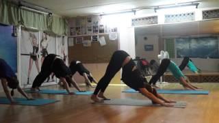 Аштанга-виньяса йога, часть 1, уровень 2, студия Citrus(Видео-урок по направлению Аштанга-виньяса йога. Подходит для новичков и среднего уровня подготовки. Можно..., 2016-03-04T14:07:23.000Z)