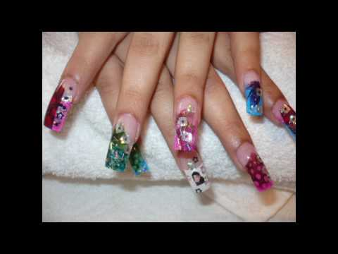 HOT NAILS DESIGNS