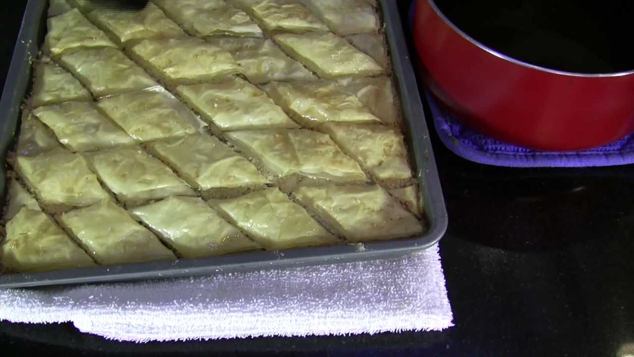 Persian food baklava a traditional persian dessert youtube youtube premium forumfinder Images