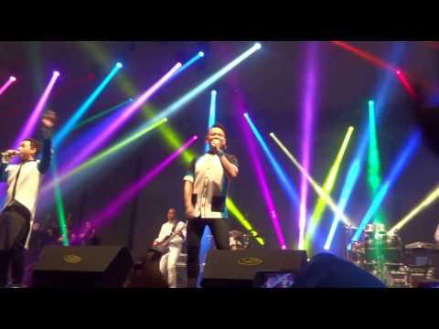 Kahitna ~ Cerita Cinta (Konser Merenda Kasih Surabaya)