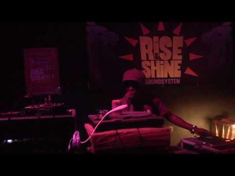 ABA SHANTI-I ON RISE & SHINE SOUND SYSTEM - BOLOGNA SOTTOTETTO - 2 DICEMBRE 2017