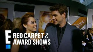 Baixar Miley Cyrus & Liam Hemsworth's Red Carpet Debut as a Couple | E! Red Carpet & Award Shows