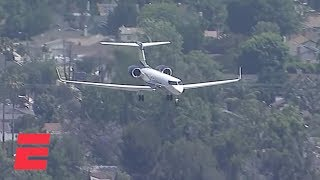 Download LeBron James' plane arrives in Los Angeles before the start of free agency | NBA on ESPN Mp3 and Videos