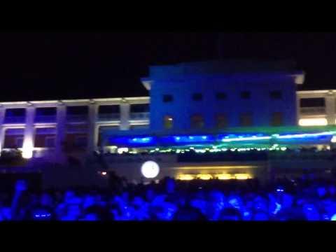 Hardwell plays twoloud - Big Bang @IAmHardwell Live in Singapore
