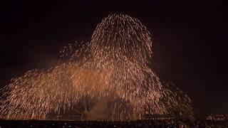 2019 08 16 宮津灯籠流し花火大会 フィナーレ 宮津の夜空に金銀の大瀑布
