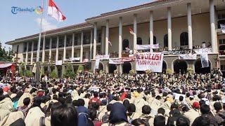 Download Video Demo Besar! Ribuan Mahasiswa UGM Geruduk Gedung Rektorat MP3 3GP MP4