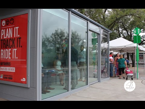 The First Air-conditioned Bus Shelter Unveiled in the City of Hialeah