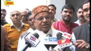 Nitish Kumar is conspiring against Jitan Ram Manjhi: Thawar Chand Gehlot