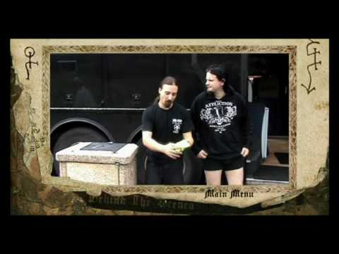 Shagrath's awkward moment.