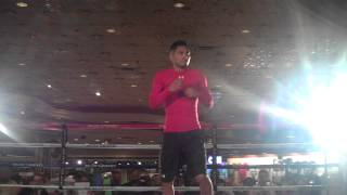 Boxing 360 - Abner Mares works out in MGM Lobby