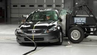 2008 Honda Accord side IIHS crash test