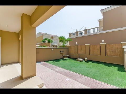 Jumeirah Village Circle - 2 Bedrooms Townhouse