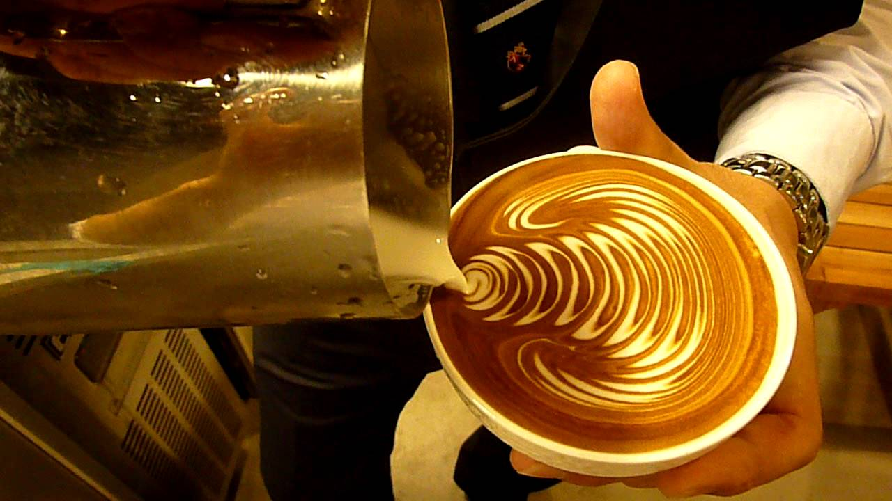 Latte art : rosetta Corea Coffee Belt - YouTube Rosetta