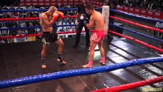 """Maximum Muay Thai - Israel Costa (FTT) x Leandro """"Monster"""" (Monster Gold Team) 58Kg."""