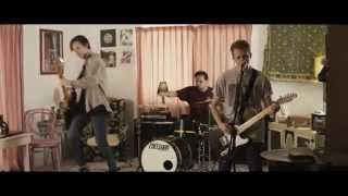 Columbus - Downsides Of Being Honest (feat. John Floreani of Trophy Eyes) (OFFICIAL MUSIC VIDEO)