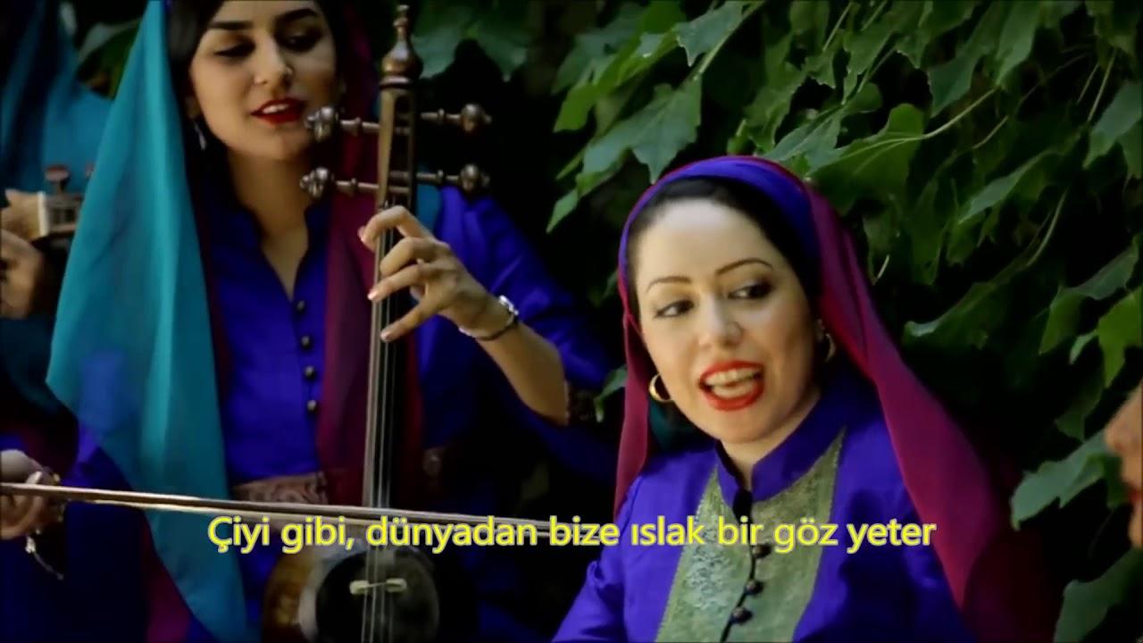 İranlı kadın şarkıcılardan çok güzel bir Farsça şarkı  Mah Banu