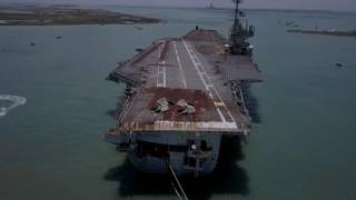 USS Independence CV-62 final voyage to scrapyard in Brownsvi...