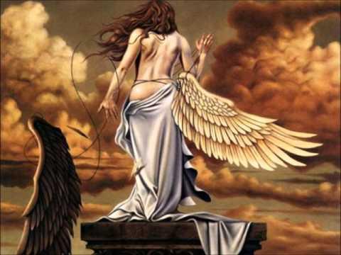 Oruk y Grillo - Cortandose las alas
