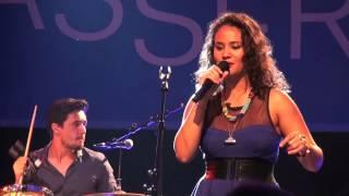 Mayra Andrade - Ilha de Santiago - Live in Berlin (2/17)