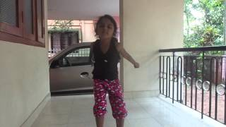 indian kids dance with hindi songs - siyani krishna