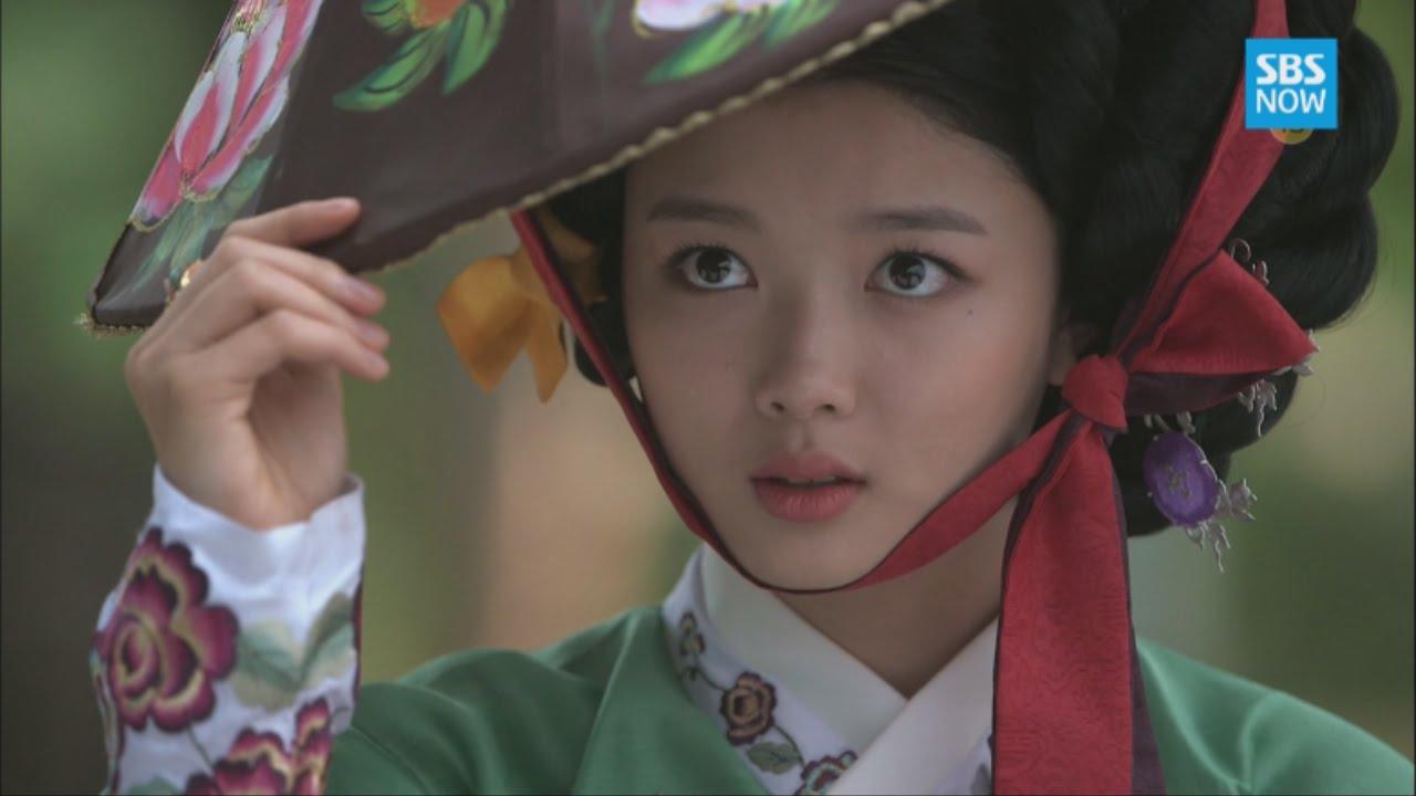 SBS [비밀의 문] - 지담(김유정), 기생분장과 세자(이제훈)와의 썸 - YouTube
