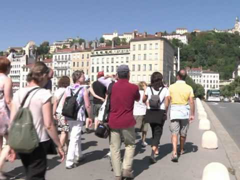 'Urban tourism' boosted by patchy French summer