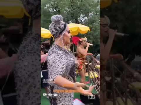 """Gloria Groove e Lexa cantam """"Provocar"""" no Bloco da Preta em São Paulo"""