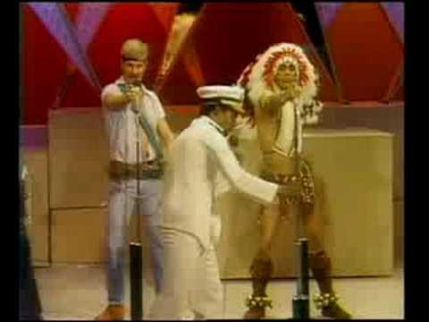 Village People - Go West    1979