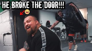 "6ft 10"" - 400LBS MAN DESTROYS GYM 