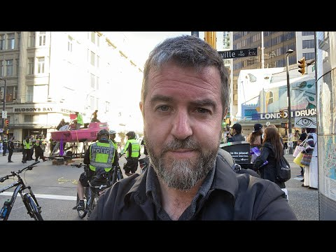 Extinction Rebellion Shuts Down Major Intersection in Vancouver Live