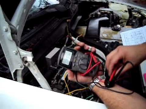 Wire Harness repair on a 1995 Mercedes Benz C220 - YouTube