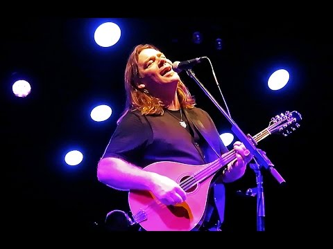 Beautiful To Me (song debut), Alan Doyle & The Beautiful Gypsies, Tupelo Music Hall, Derry NH