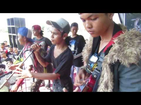 DEMOCRACY ENDLESSLY - Anak Gaul (cover gromoping) Live