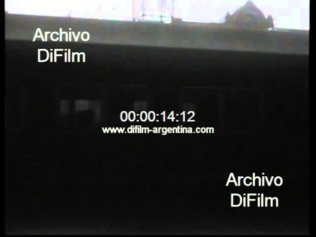 DiFilm - Paro de trenes en el Ferrocarril Sarmiento 1967