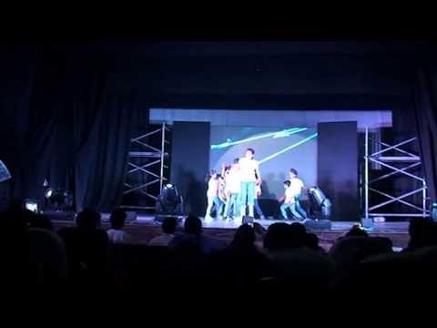 Shreya in MJ DANGEROUS   at Shiamak summer funk 2 Hyderabad 2013