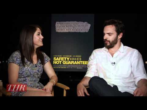 Jake Johnson's Top 3 WTF Moments From New Girl