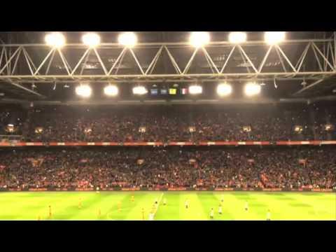 Ovacion a Johan Cruyff en el Amsterdam Arena | Holanda vs Francia | minuto 14