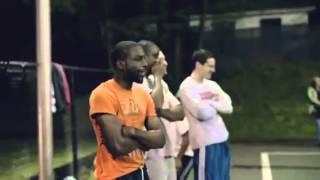 おじいちゃんがバスケ!?おじいちゃんの正体はNBAの・・・。 thumbnail