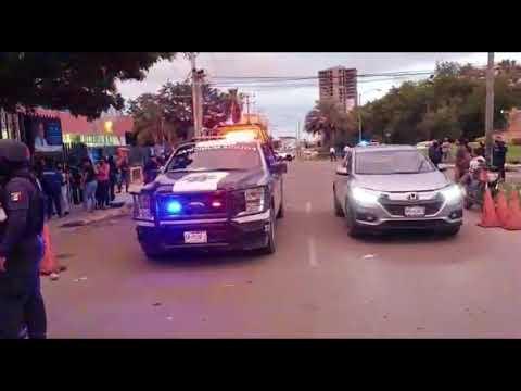 Se enojan ciudadanos porque se acaba la vacuna en Mazatlán; interviene la policía