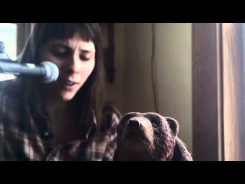 The Rue Of Ruby Whores - Michael Hurley cover sung by a small bear
